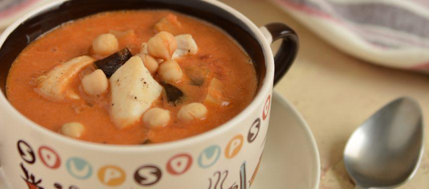 Zupa bakłażanowa z masłem orzechowym