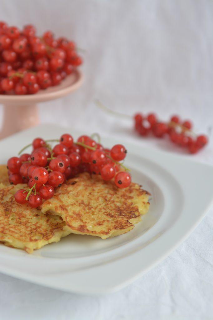 placki ziemniaczane na słodko z porzeczkami