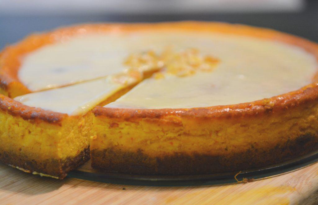 Sernik z puree z dyni i pomarańczą