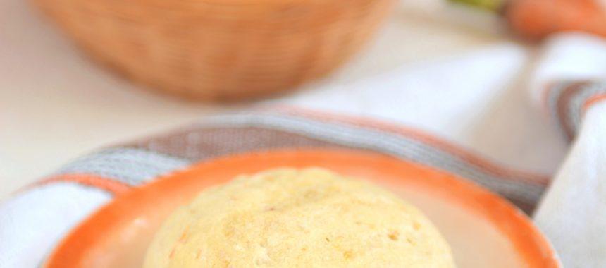 Bułeczki drożdżowe z marchewką i płatkami owsianymi