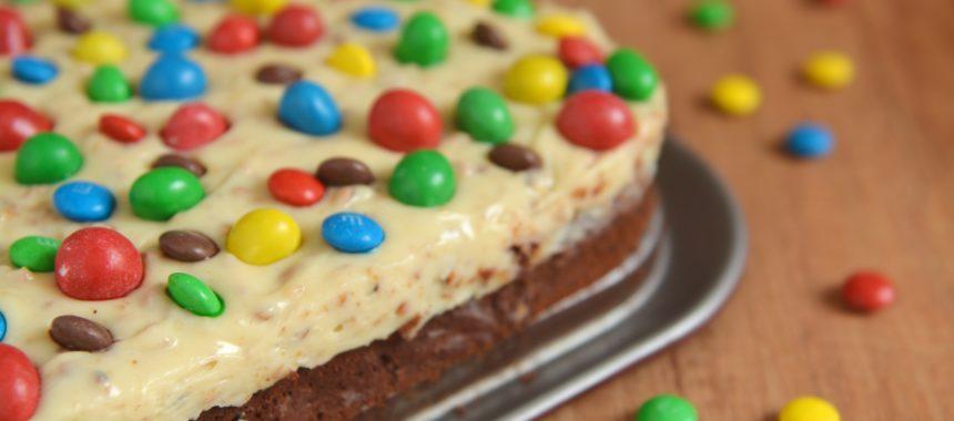 Brownie M&Ms z kremem fistaszkowym