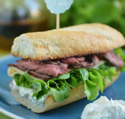 śniadanie-Amerykańska kanapka z wołowiną