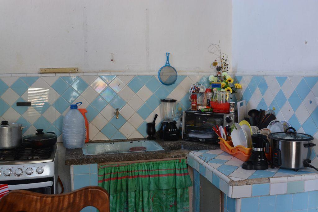 kuchniia w domu kubańskim