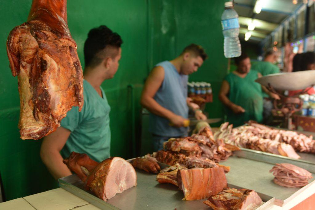 mięso na kubie