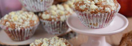 Mięciutkie muffinki z jabłkami i z kruszonką