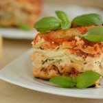 Serowe lasagne ze szpinakiem