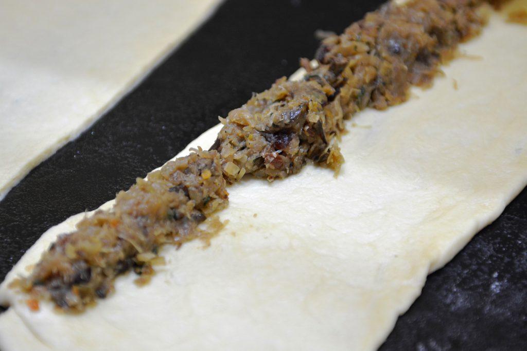 wigilia-paszteciki-drozdzowe-ciasto