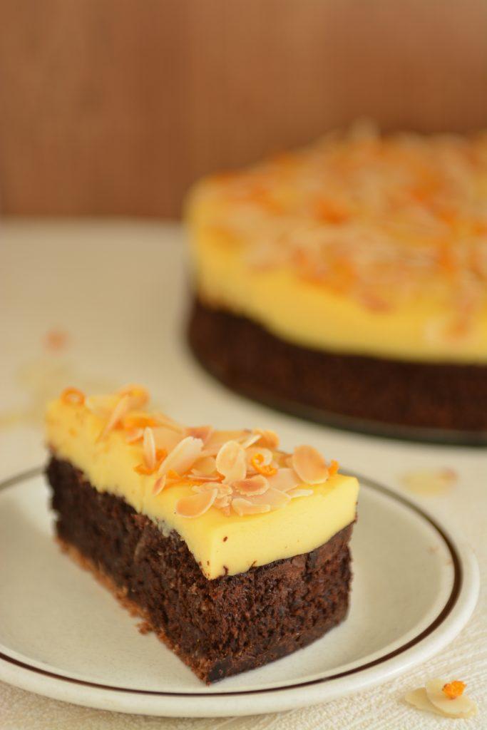 pyszne czekoladowe Ciasto Amaretti