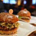8 parków, 8 burgerów i przepis na amerykańskie frytki