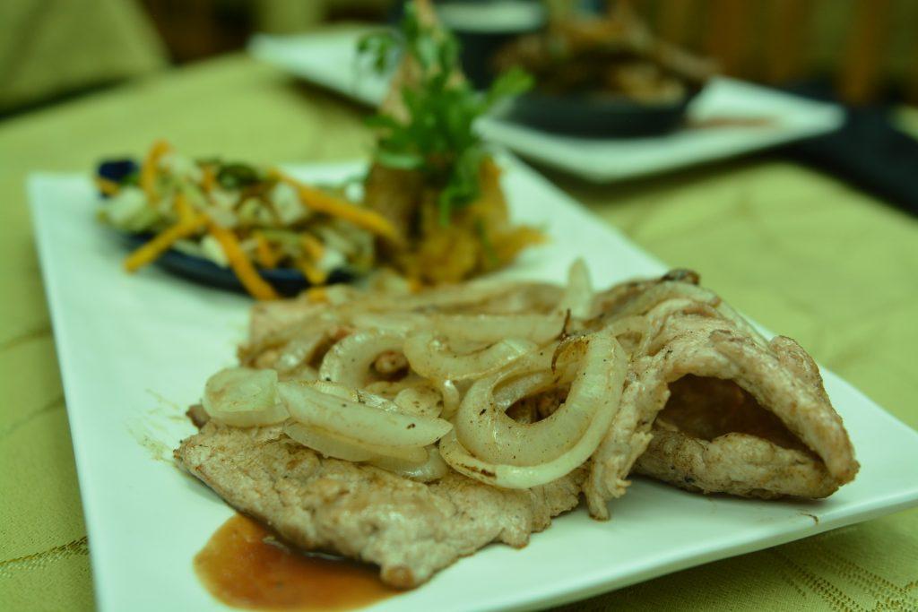 Bistek de cerdo czyli stek wieprzowy