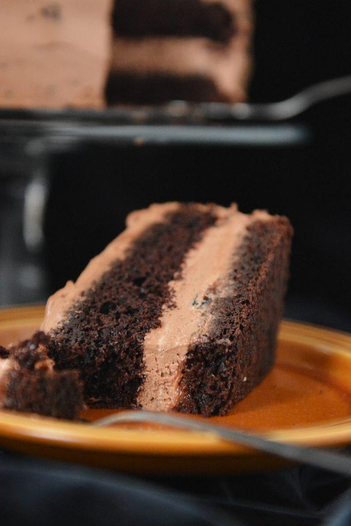 czekoladowy tort czekoladowy mus