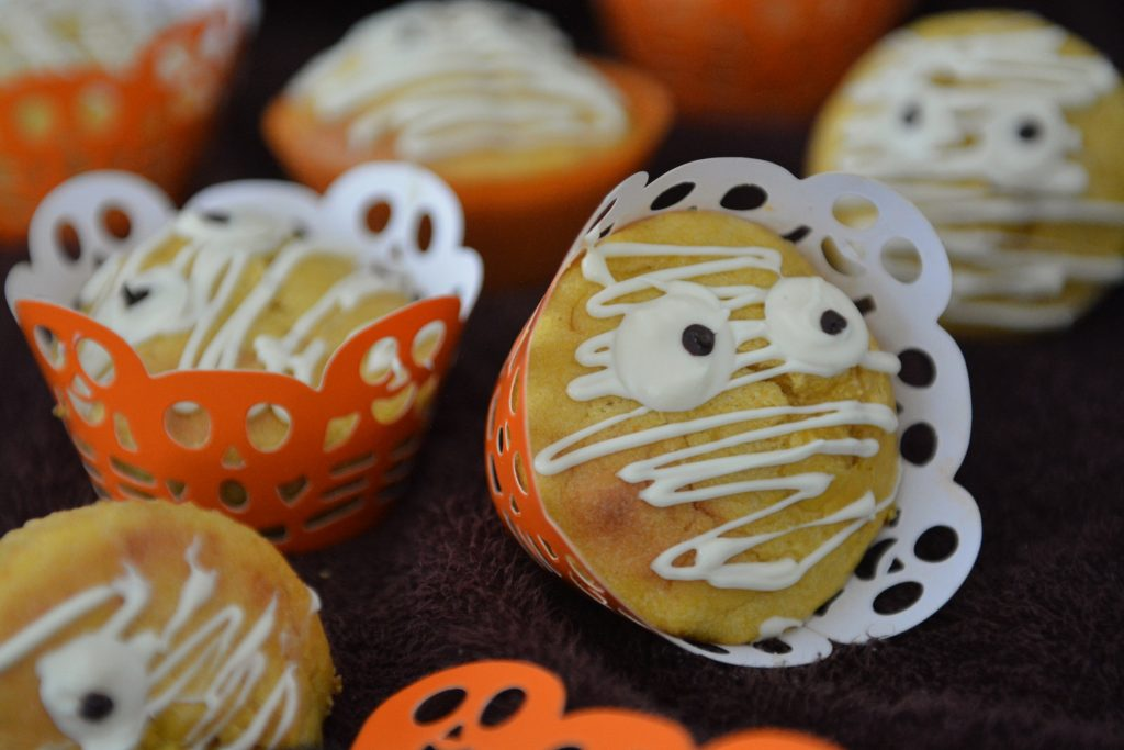 Muffiny mumie halloween babeczki