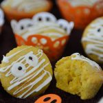 Muffiny mumie – upiorne babeczki na Halloween