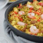 Paella mixta z kurczakiem i krewetkami