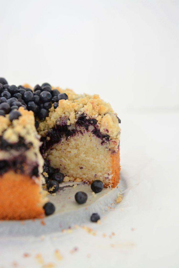 Deserki-ciasta-owoce-drożdzowe nocne bez wyrabiania jagody3