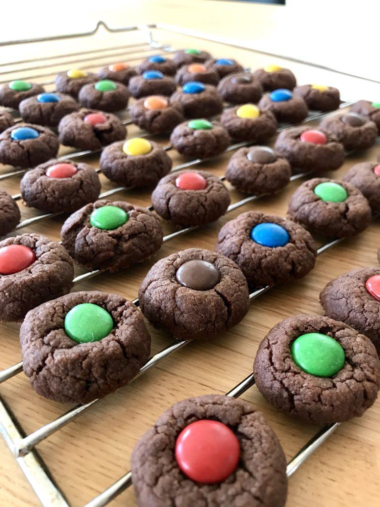 Najprostsze, szybkie ciasteczka z m&ms