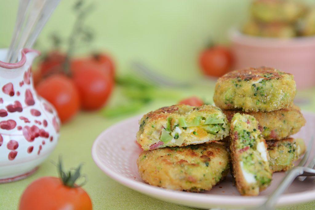 Kotlety z jajek i brokuła szybki obiad