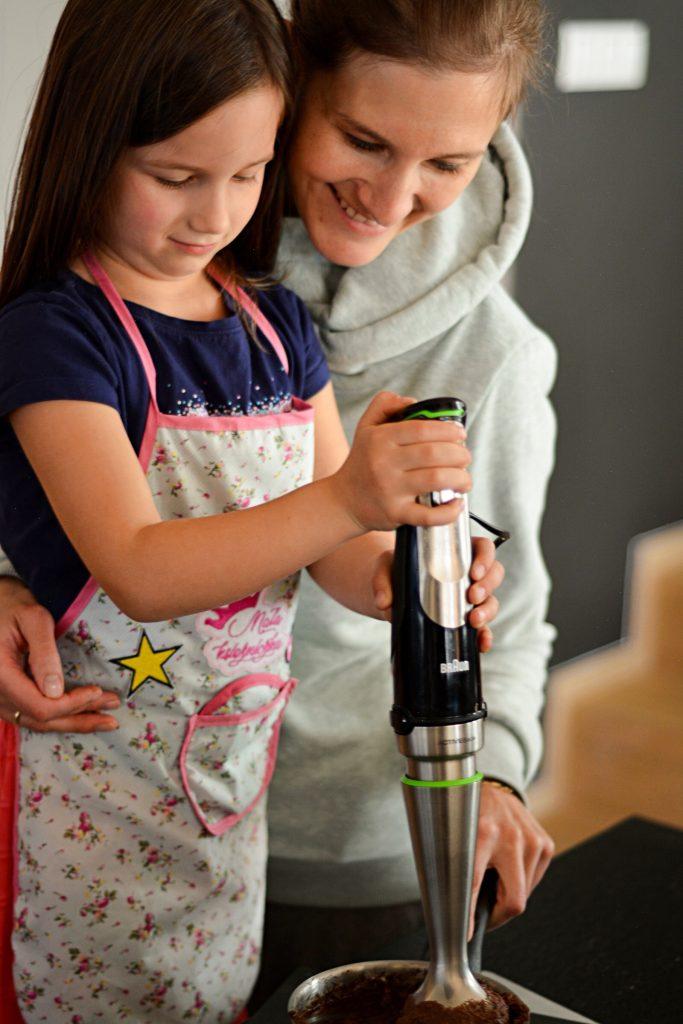 Gotowanie z dziećmi wspólne gotowanie