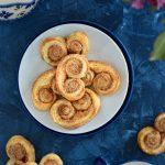 Cynamonki z ciasta francuskiego – 3 składniki