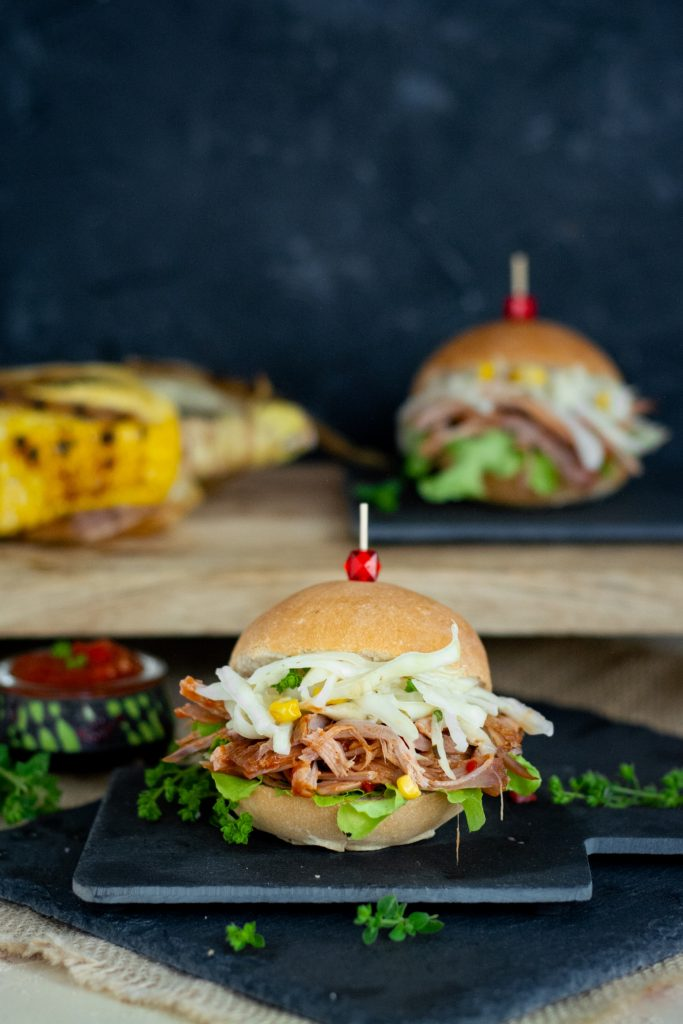 burger pulled pork