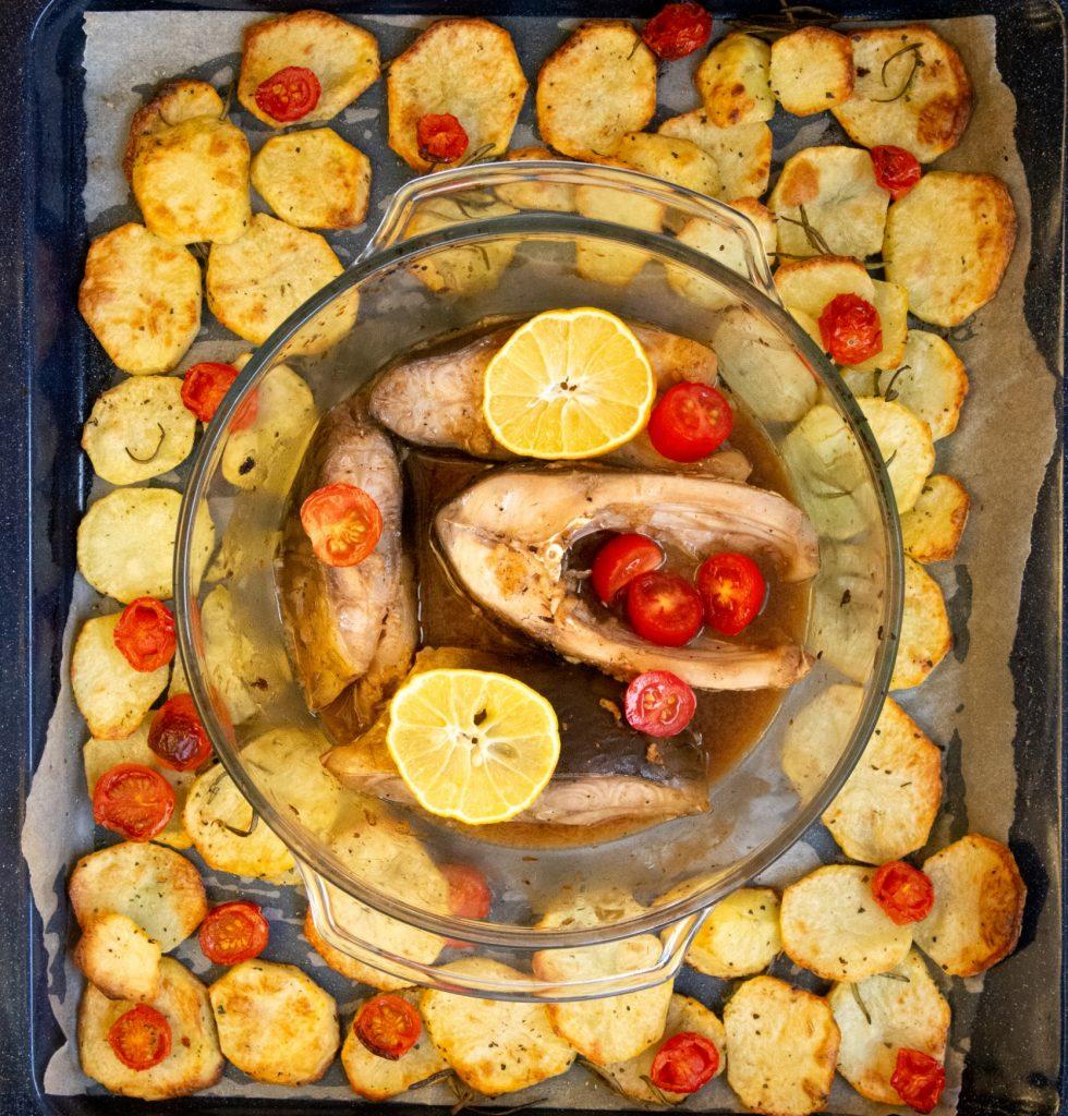 Karp pieczony w piekarniku - przepis