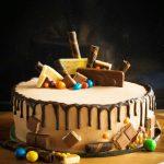 Czekoladowy tort z nutellą i z dripem