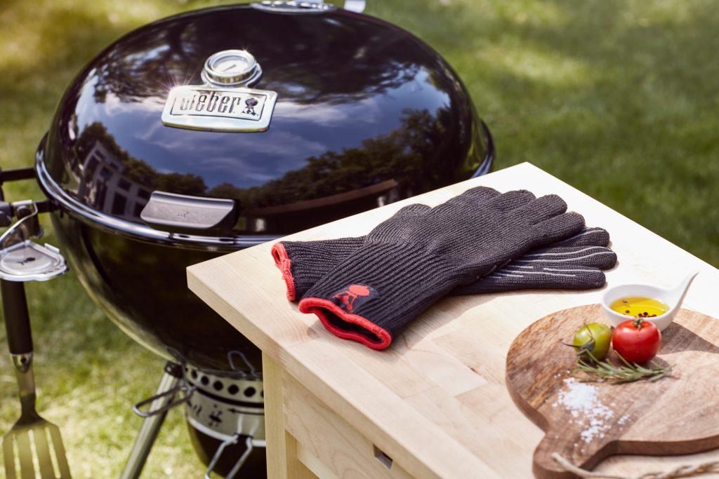 Chleb i bułki z grilla pieczenie na grillu