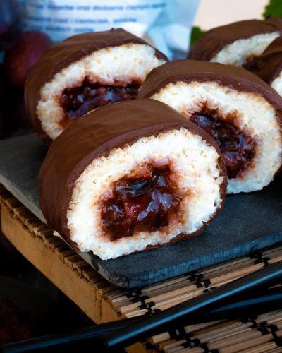 sushi na deser śliwka czekolada