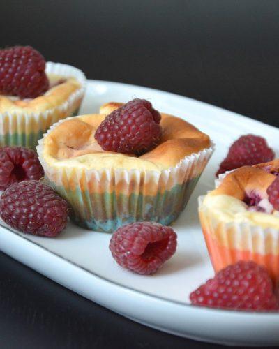 Muffinki sernikowe z malinami