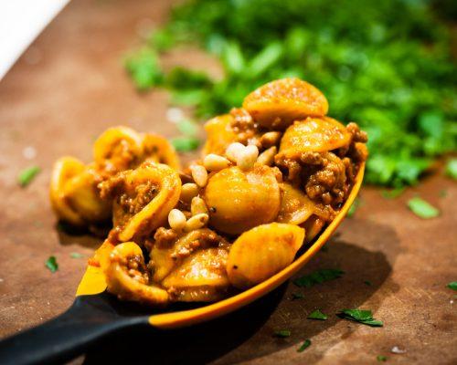 """makaron """"Orecchiette z mięsnym ragout i pinii"""" jest zablokowany Orecchiette z mięsnym ragout i pinii"""