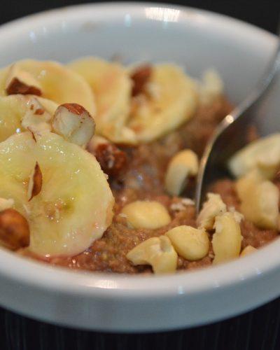 Budyń z kaszy jaglanej z bananami i czekoladą