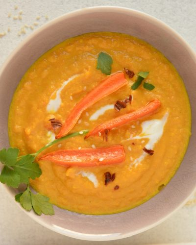 zupa marchewkowa z tahini