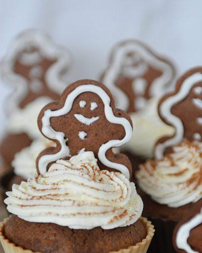 wigilijne muffinki z pierniczkami