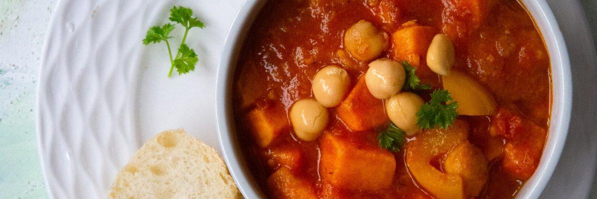 Jesienne a'la leczo wegetariańskie z ciecierzycą i batatem